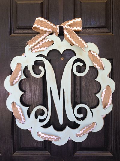 Scalloped Edge Letter with Holes for Ribbon