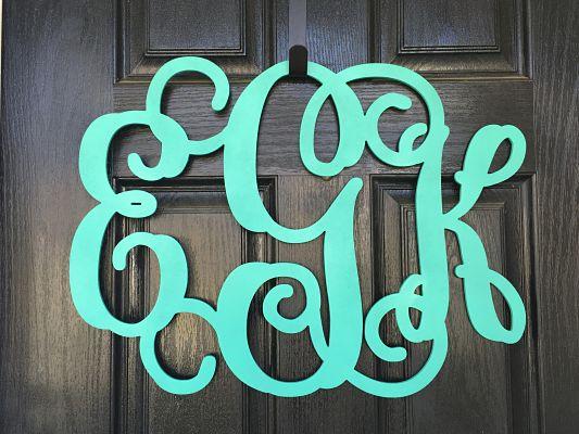 3 Letter Vine Font Monogram (No Frame)